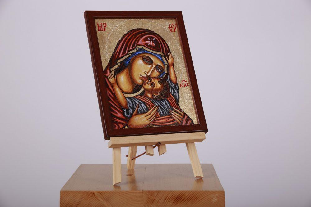 Icoană pictată pe pânză, cu aplicație de foiță de aur