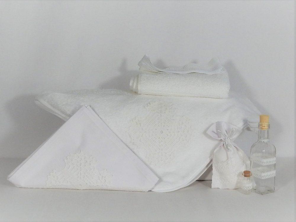 trusou-botez-biserica-handmade-ca-zapada-alba