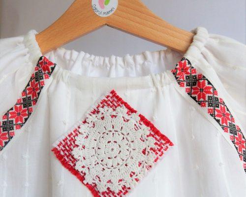Rochita traditionala Dantela Bunicii
