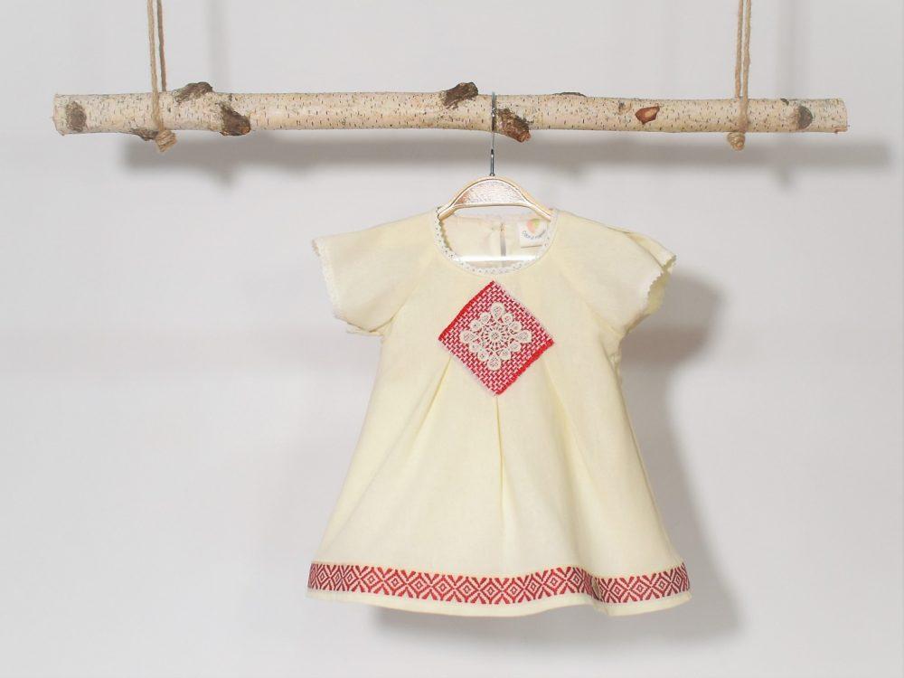 rochita botez cusatura romaneasca rosiea