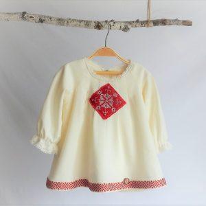 rochita ivoire cusatura romaneasca rosie