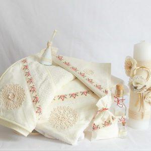 Colecția asortată pentru un botez unic- Din Croșeta Bunei