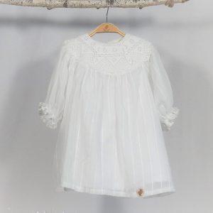 Rochița alb- imaculat pentru botez Ca Omătul