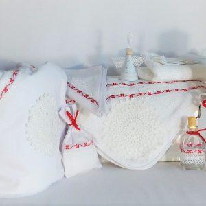Colecția asortată pentru un botez unic- Trifoi Roșu cu Noroc