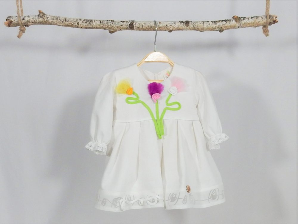 Rochița cu flori pentru botez- Garofițe Colorate