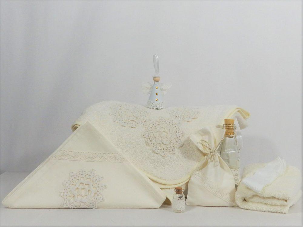 Trusou botez handmade ivoire- Flori Măiastre