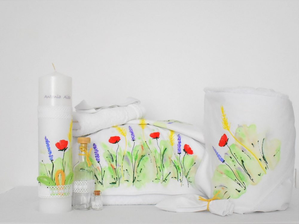 Set pictat botez trusou, lumânare, păturică- Flori de Câmp