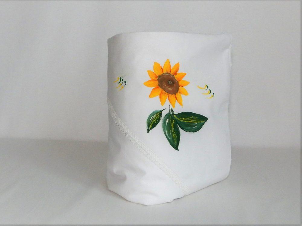 Păturica unicat Floarea Soarelui pictata pentru botez
