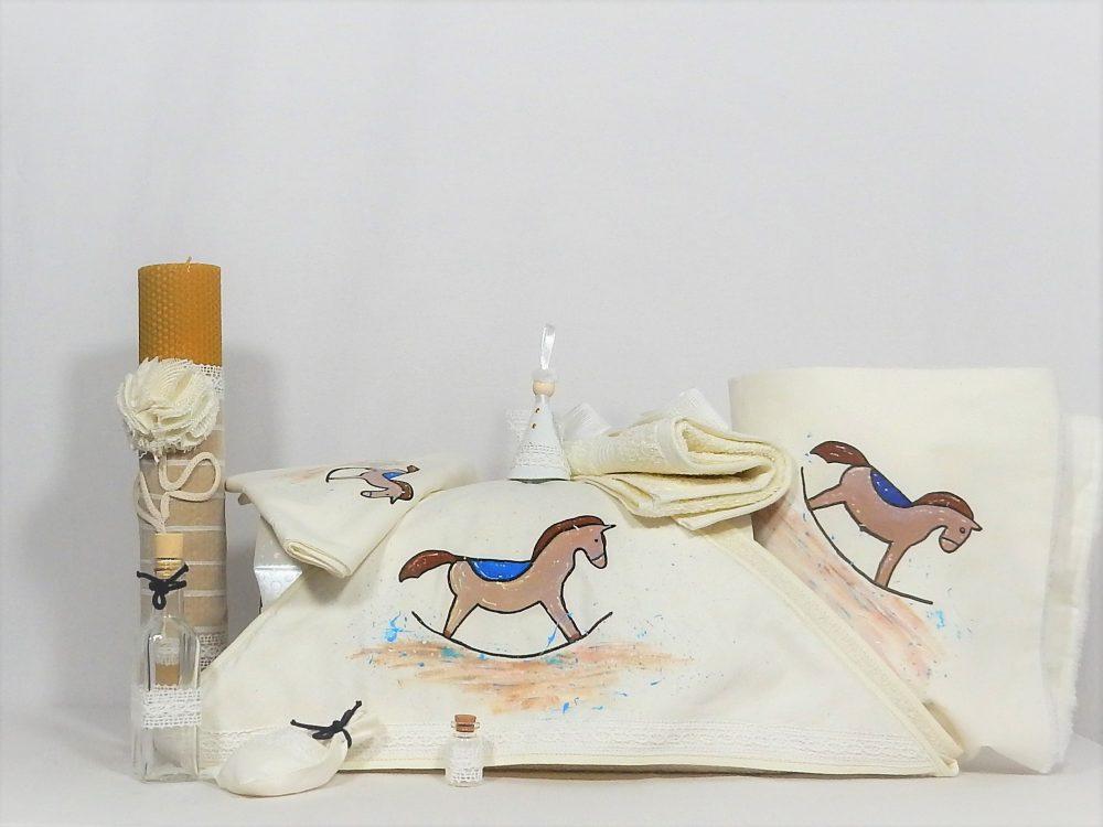Set ivoire pictat trusou, lumânare, păturică pentru botez- Căluțul de Lemn