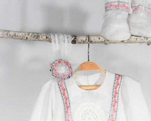 pompon unicat botez trandafir de la Moldova