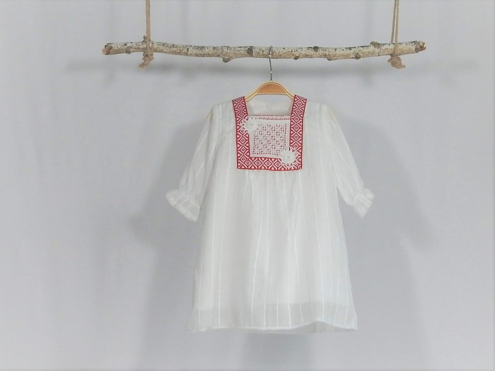 Rochița albă pentru botez inedit - Descântec de Deochi cu Iasomie