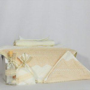 tTrusou botez ivoire unicat pentru biserica- Dantela Bunicii