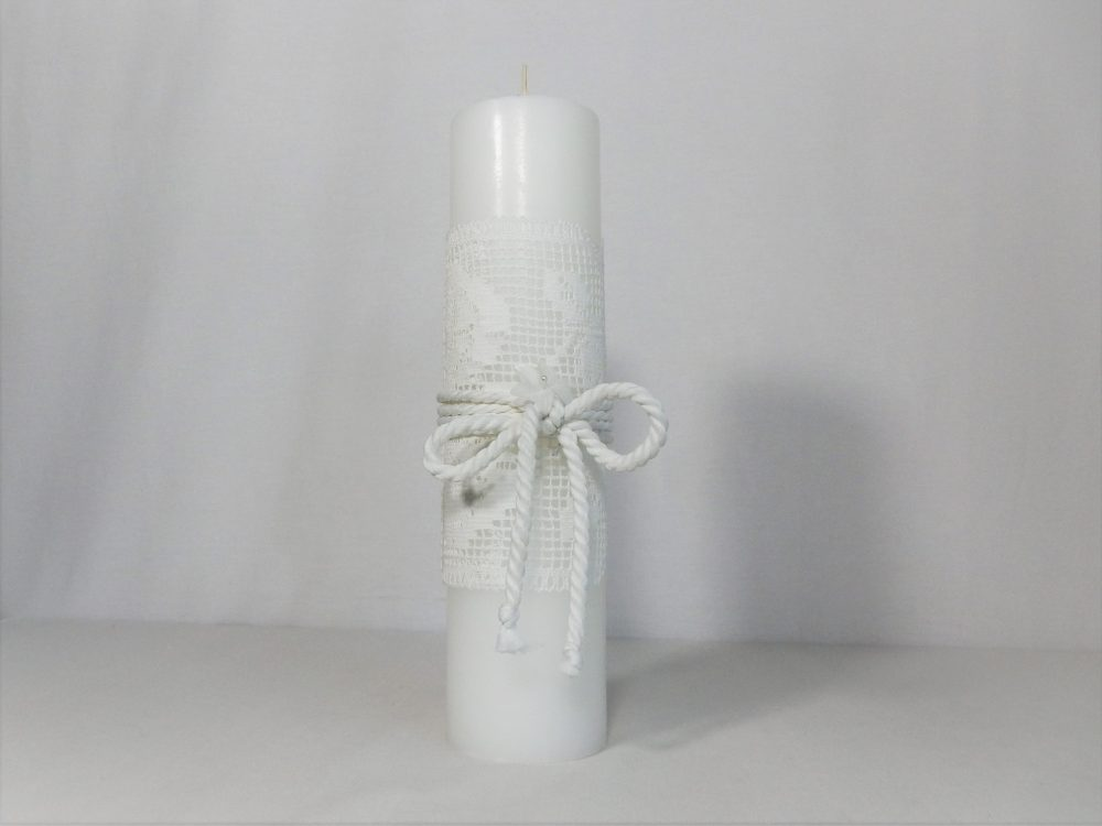 Lumânare albă dantelată pentru botez- Trandafiri Dantelați