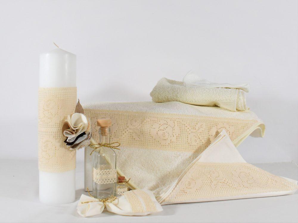 Trusou botez unicat ivoire Trandafiri Dantelați