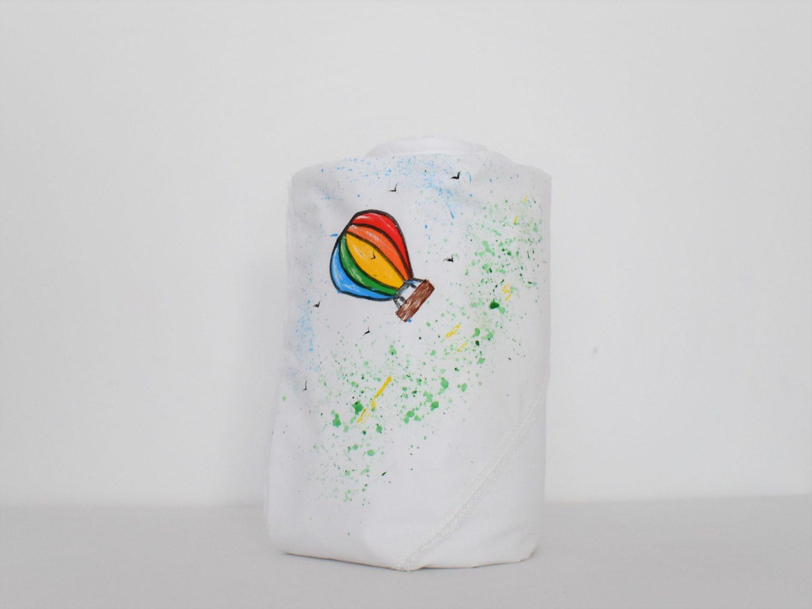 Păturica cu glugă pictată- Plutind in Balon