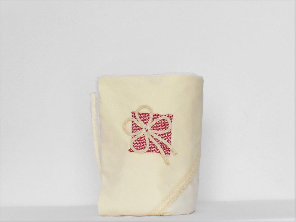 Păturica ivoire unicat pentru botez- Cusatura Romaneasca Rosie