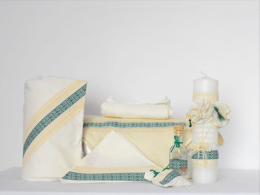 Colectia completa ivoire botez traditional- trusou, lumanare, paturica Folclor Verde